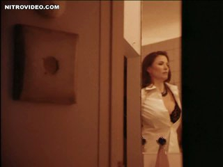 World's Hottest MILF Mimi Rogers Shows Her Huge Natural Knockers