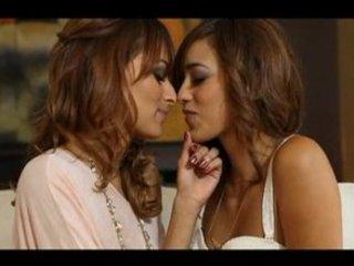 Melanie and Valerie Rios