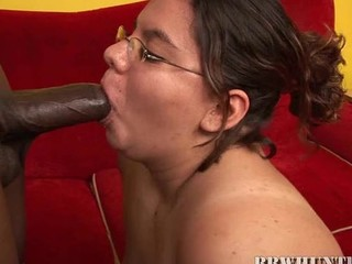 Nasty chubby whore gets banged by pal comparable to not elbow any time previous to in life