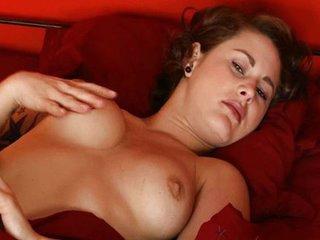 Girl with nice tattoo masturbating