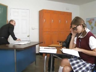Scorching student Riley Reid fucks in the classroom