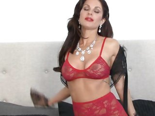 Sizzling Jadra Holly is red hot in lacy underwear