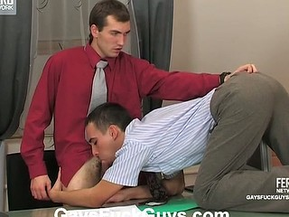 Desirous co-worker ready to engulf and fuck with his boss just to get a raise