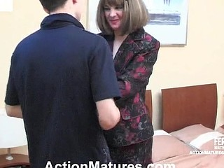 Sex-avid aged chick blowing palpitating weenie and riding it cowgirl style