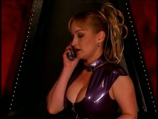 Anastasia Pierce Loves Being a Dominatrix