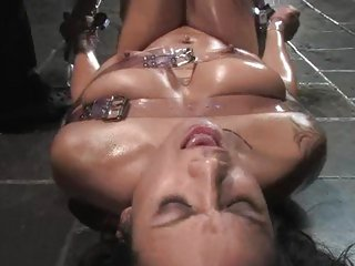 Blistering Nadia Styles gets herself all tied up