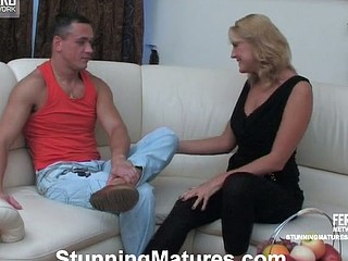 Nasty aged chick widening her legs for muff-diving and mighty dicking