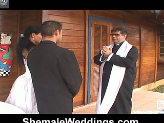 Nasty shemale bride eagerly plowing banghole of her fiance after wedding