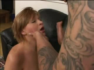 Dude mouth bangs a small breasted babe