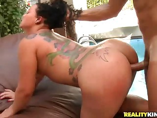 Tattooed brazilian babe Mary Rodrigue with amazing ass