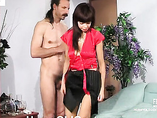 Youthful interviewer making an desirous older applicant show his fucking skills