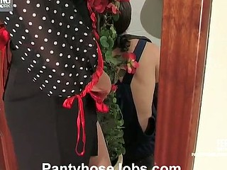 Horny worker making housewife