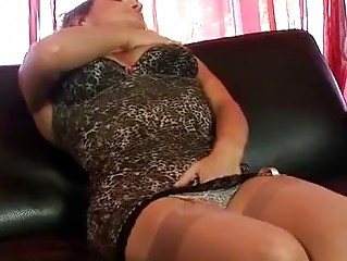 Mature big tits dildos snatch