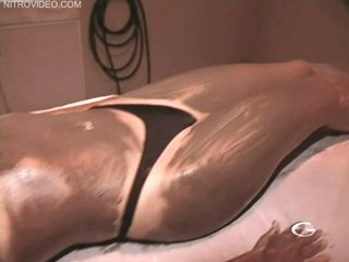 Extremely Beautiful Latina Sofia Vergara Wears a Cock-Bursting Bikini
