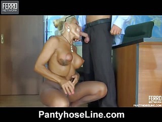Hannah&Benjamin videotaped while pantyhosefucking