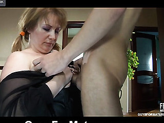 Stacked mama bares her mellow boobs and a-hole cheeks aching for some fresh meat