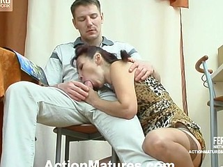 Nasty older chick ready to try out all fucking poses with desirous guy