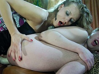 Open-minded chick watches her guy mouthing and riding her thick fake weenie
