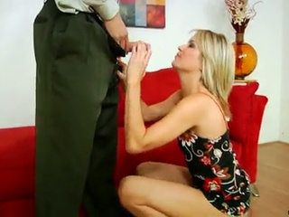 Hot mom gives her lover a great ride